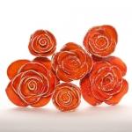Keramik Rosen in kräftigem Orangerot