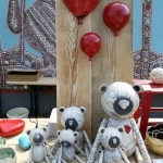 Raku Teddy Familie mit Luftballon